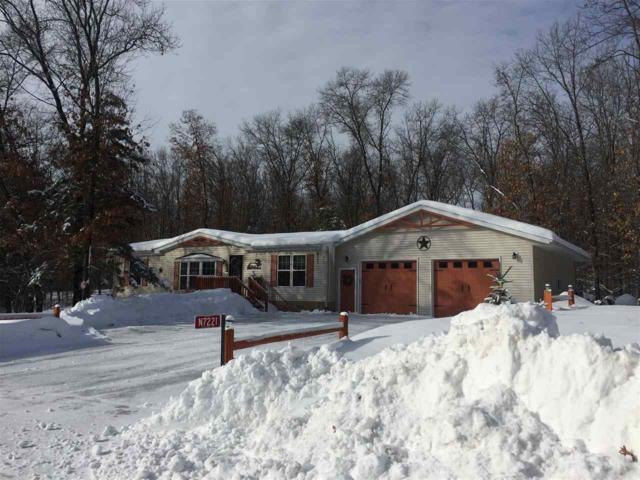 N7221 Cozy Oaks Circle, Shawano, WI 54166 (#50198382) :: Symes Realty, LLC