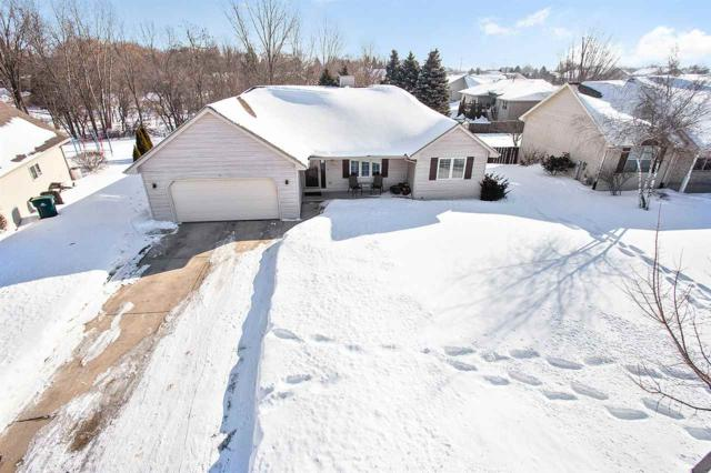 2916 Copper Mountain Court, Green Bay, WI 54313 (#50198423) :: Todd Wiese Homeselling System, Inc.