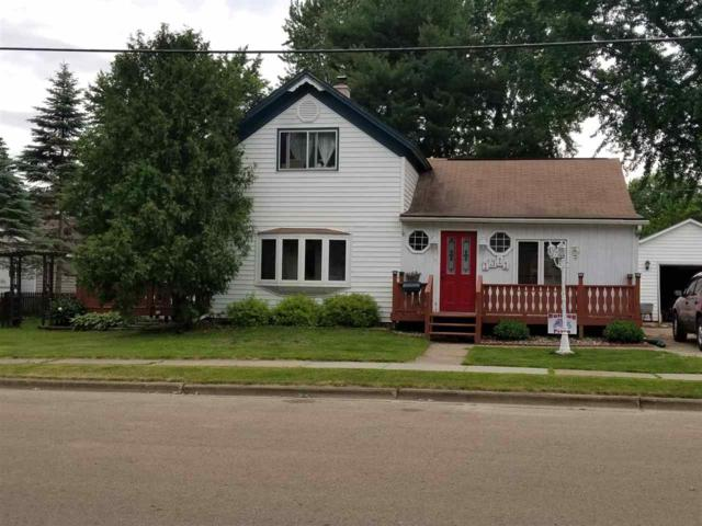 1311 Lawrence Street, New London, WI 54961 (#50198471) :: Symes Realty, LLC