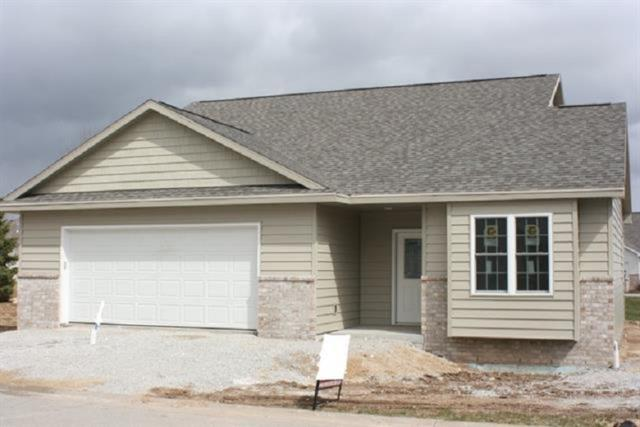 5351 Pasture Lane, Omro, WI 54963 (#50198515) :: Dallaire Realty