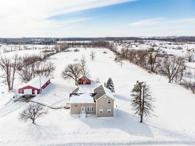 N1789 Hwy M, Hortonville, WI 54944 (#50198524) :: Dallaire Realty