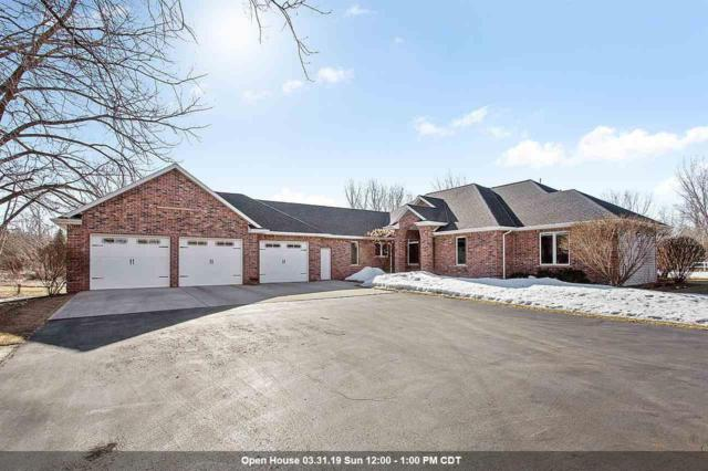 455 Crosse Point Court, Oneida, WI 54155 (#50198559) :: Todd Wiese Homeselling System, Inc.