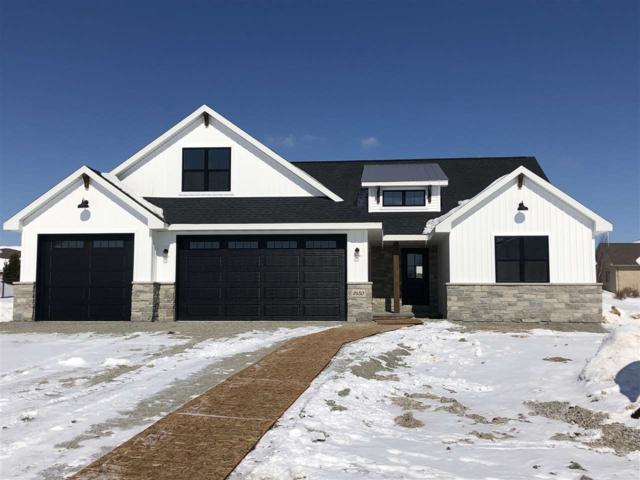 2650 Moose Creek Trail, Green Bay, WI 54313 (#50198624) :: Todd Wiese Homeselling System, Inc.
