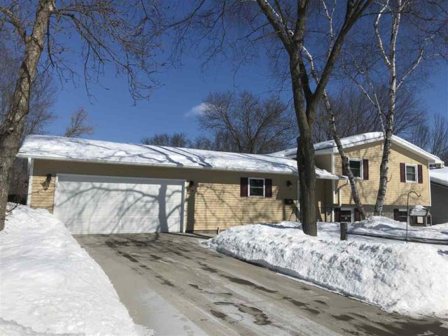 1019 E 5TH Street, Shawano, WI 54166 (#50198646) :: Todd Wiese Homeselling System, Inc.