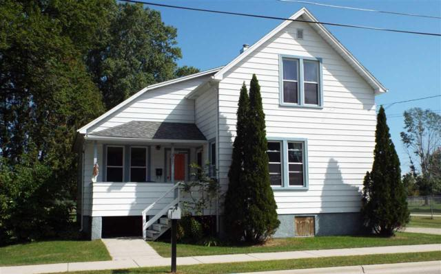 317 Elm Avenue, Oconto, WI 54153 (#50198742) :: Symes Realty, LLC