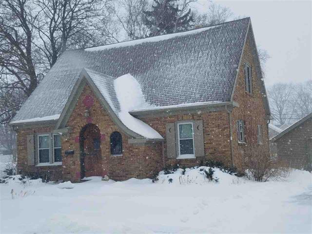 621 Wisconsin Avenue, Kewaunee, WI 54216 (#50198752) :: Todd Wiese Homeselling System, Inc.