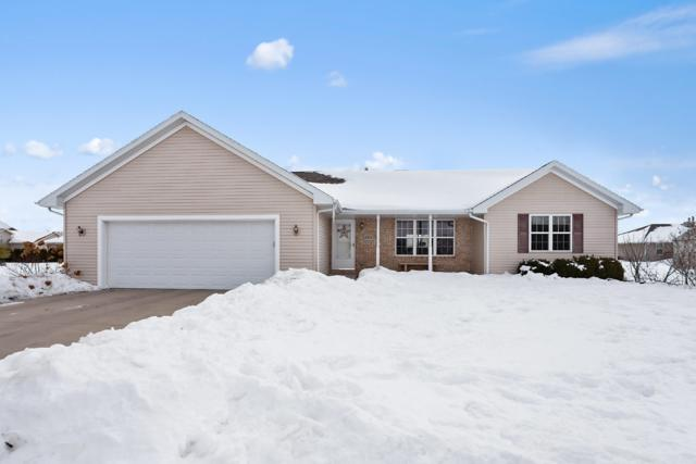 2323 Lawrence Drive, De Pere, WI 54115 (#50198911) :: Symes Realty, LLC