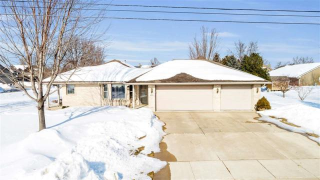 1575 Van Road, Green Bay, WI 54311 (#50199014) :: Dallaire Realty