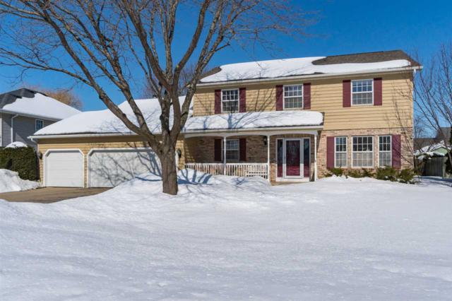 3227 N Country Run Drive, Appleton, WI 54914 (#50199058) :: Dallaire Realty