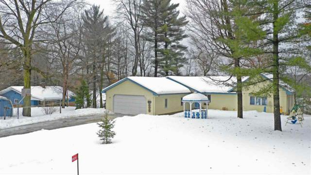 W8091 Long Lake Drive, Clintonville, WI 54929 (#50199078) :: Todd Wiese Homeselling System, Inc.