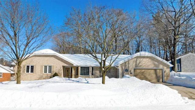 375 Ellortina Circle, Green Bay, WI 54302 (#50199115) :: Todd Wiese Homeselling System, Inc.