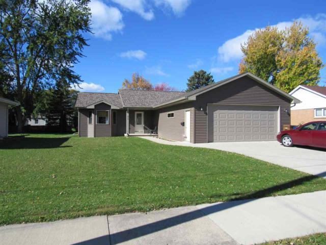 816 Arthur Street, Menasha, WI 54952 (#50199141) :: Todd Wiese Homeselling System, Inc.