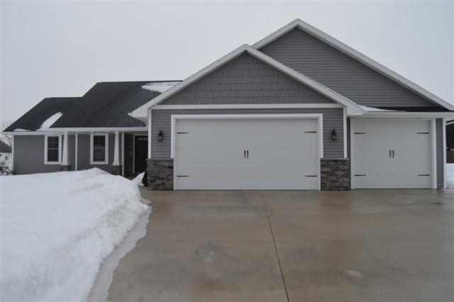 5355 W Pleasant Way, Appleton, WI 54913 (#50199156) :: Todd Wiese Homeselling System, Inc.