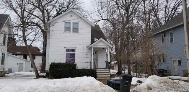 916 Wright Street, Oshkosh, WI 54901 (#50199159) :: Todd Wiese Homeselling System, Inc.