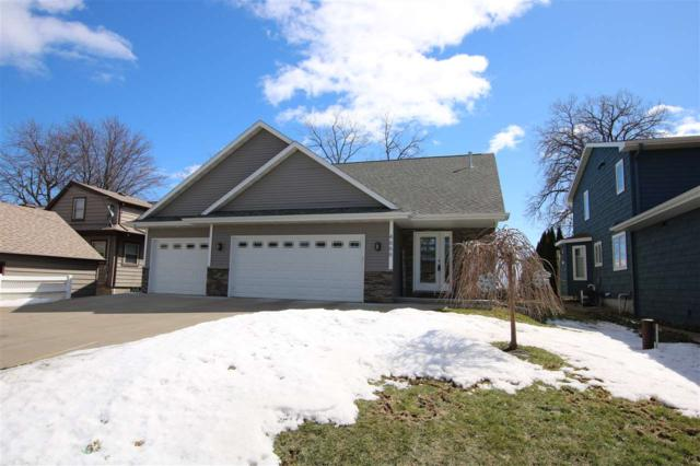 4666 Island View Drive, Oshkosh, WI 54901 (#50199173) :: Todd Wiese Homeselling System, Inc.