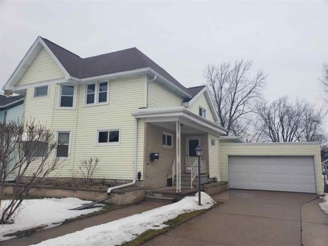 1118 Ceape Avenue, Oshkosh, WI 54901 (#50199185) :: Todd Wiese Homeselling System, Inc.