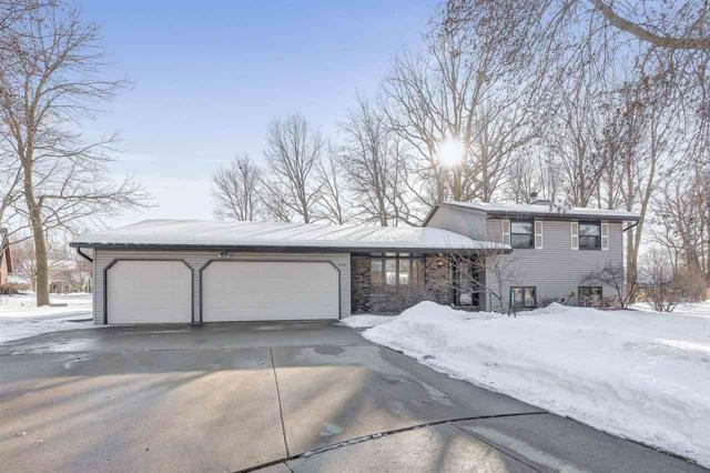 2482 Curtis Court, Green Bay, WI 54311 (#50199195) :: Todd Wiese Homeselling System, Inc.