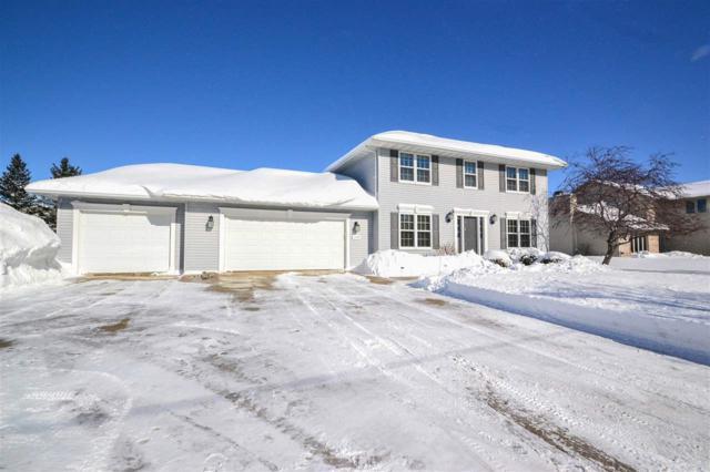 1506 Skylark Lane, Green Bay, WI 54313 (#50199200) :: Todd Wiese Homeselling System, Inc.