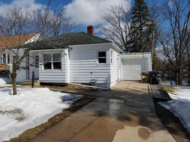 214 N Washington Street, Berlin, WI 54923 (#50199233) :: Todd Wiese Homeselling System, Inc.