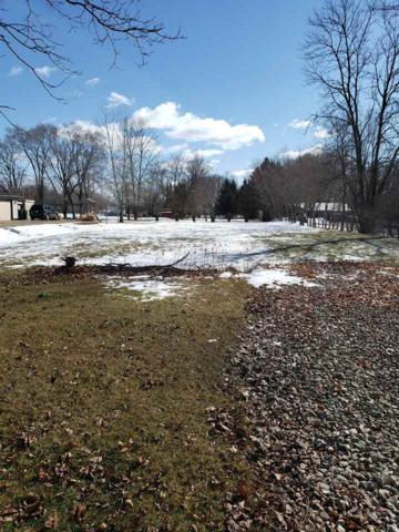 900 S Main Street, SAUKVILLE, WI 53080 (#50199243) :: Todd Wiese Homeselling System, Inc.
