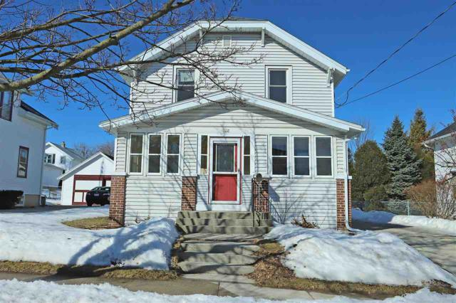 922 S 20TH Street, Manitowoc, WI 54220 (#50199293) :: Dallaire Realty