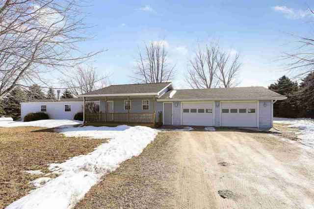 23403 Hwy K, Brillion, WI 54110 (#50199367) :: Symes Realty, LLC