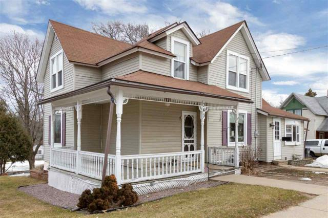 343 E Park Avenue, Berlin, WI 54923 (#50199381) :: Todd Wiese Homeselling System, Inc.
