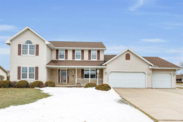 1356 Crystal Rock Court, De Pere, WI 54115 (#50199463) :: Todd Wiese Homeselling System, Inc.