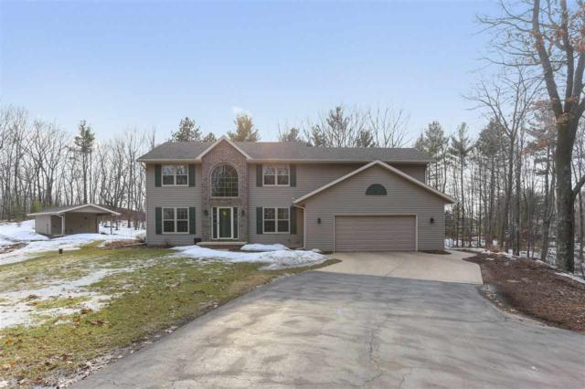 3611 Royal Oaks Court, Suamico, WI 54173 (#50199783) :: Dallaire Realty