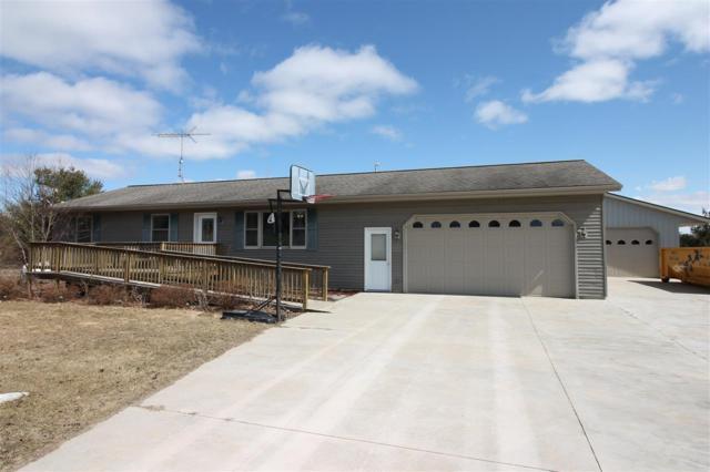 N1566 Hwy 22, Waupaca, WI 54981 (#50199885) :: Todd Wiese Homeselling System, Inc.