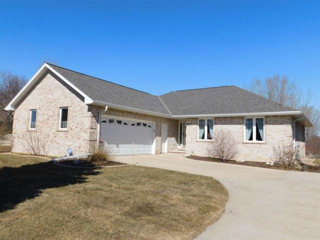 3377 Scottwood Drive, Green Bay, WI 54311 (#50199893) :: Dallaire Realty