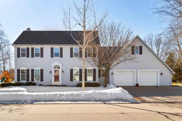 4111 N Windcross Drive, Appleton, WI 54913 (#50199922) :: Todd Wiese Homeselling System, Inc.