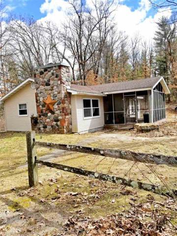 N2966 Hwy Ee, Redgranite, WI 54970 (#50199967) :: Todd Wiese Homeselling System, Inc.