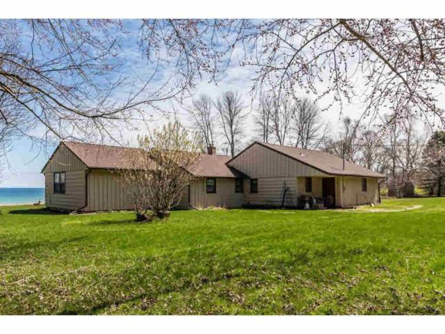 N1408 Lakeshore Road, Kewaunee, WI 54216 (#50200062) :: Dallaire Realty
