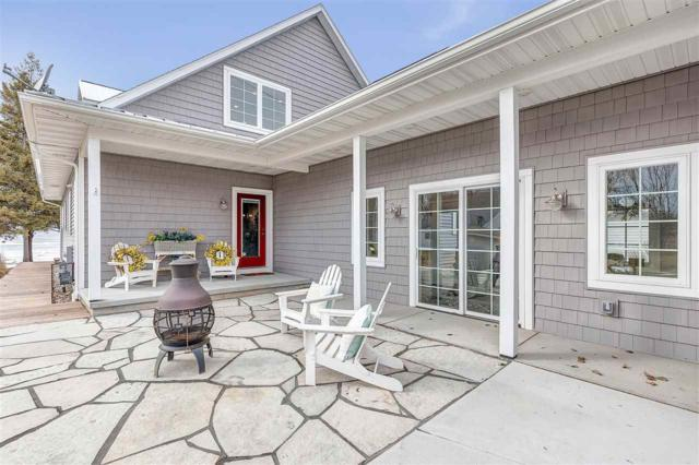 217 Bay Chapel Lane, Luxemburg, WI 54217 (#50200250) :: Todd Wiese Homeselling System, Inc.