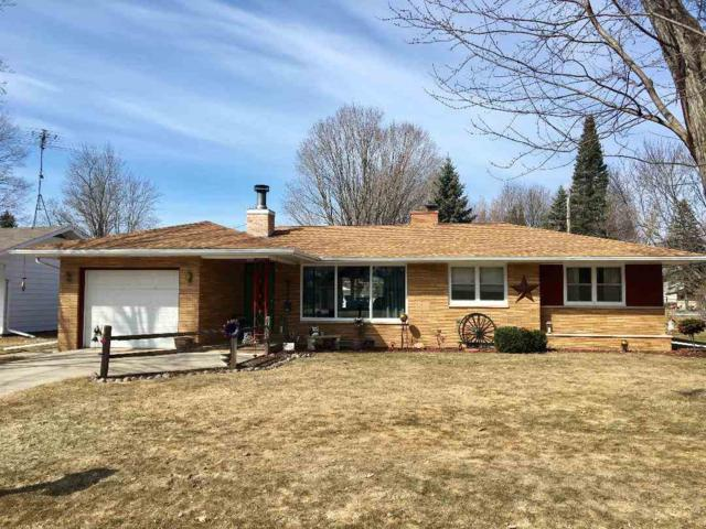 553 River Heights, Shawano, WI 54166 (#50200301) :: Dallaire Realty