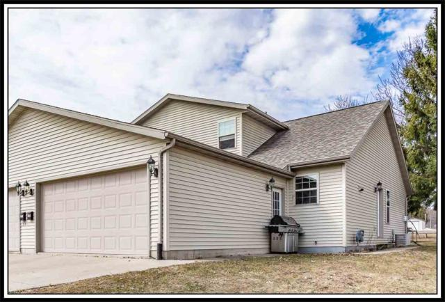 905 Ridgeway Drive, New London, WI 54961 (#50200302) :: Dallaire Realty