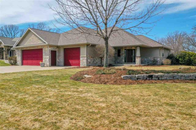 1914 Creek Side Drive, Neenah, WI 54956 (#50200454) :: Dallaire Realty