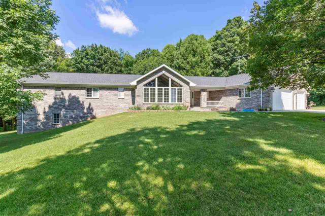W8600 Hickory Court, Hortonville, WI 54944 (#50200553) :: Dallaire Realty