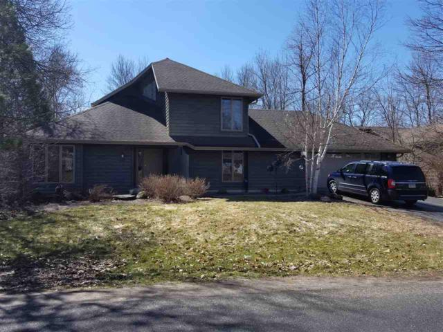 545 Timber Drive, Waupaca, WI 54981 (#50200670) :: Dallaire Realty
