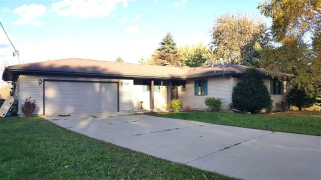 116 Highland Court, Neenah, WI 54956 (#50200947) :: Dallaire Realty