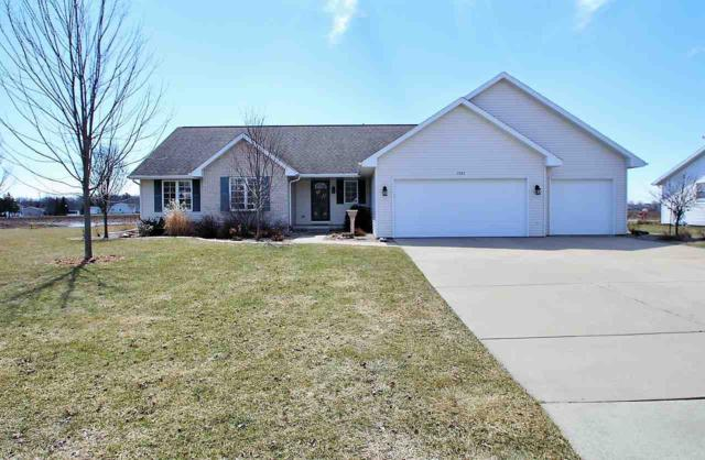 2880 Blue Spruce Drive, Green Bay, WI 54311 (#50200948) :: Dallaire Realty