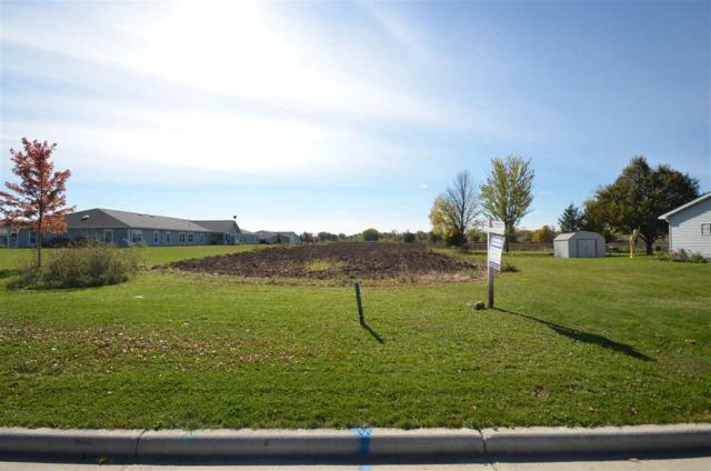 700 Bronson Road, Seymour, WI 54165 (#50200955) :: Dallaire Realty