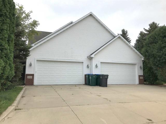 2909 W Glenpark Drive, Appleton, WI 54914 (#50201198) :: Symes Realty, LLC