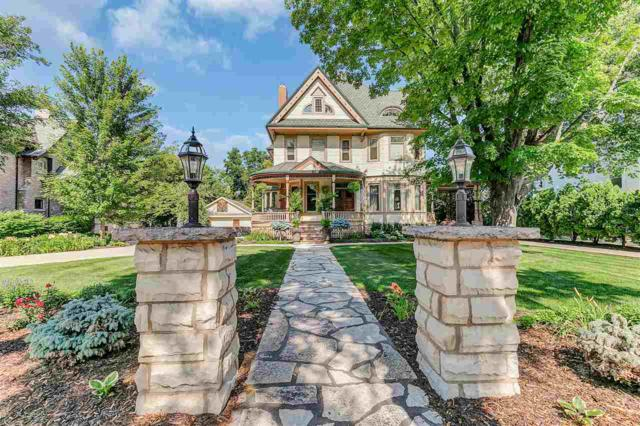 813 N Broadway Street, De Pere, WI 54115 (#50201292) :: Dallaire Realty