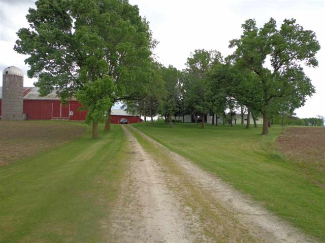 8038 Arrow Lane, Fremont, WI 54940 (#50201336) :: Dallaire Realty