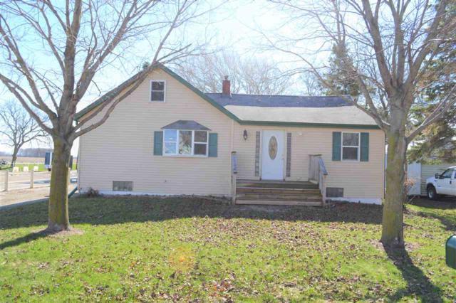 N9290 Isaar Road, Seymour, WI 54165 (#50201346) :: Todd Wiese Homeselling System, Inc.