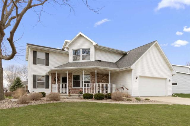 4 Westfield Circle, Fond Du Lac, WI 54935 (#50201368) :: Todd Wiese Homeselling System, Inc.