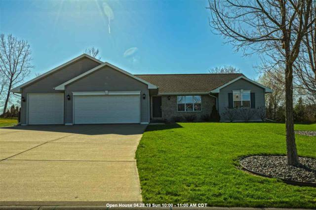 N1657 Medina Drive, Greenville, WI 54942 (#50201406) :: Dallaire Realty