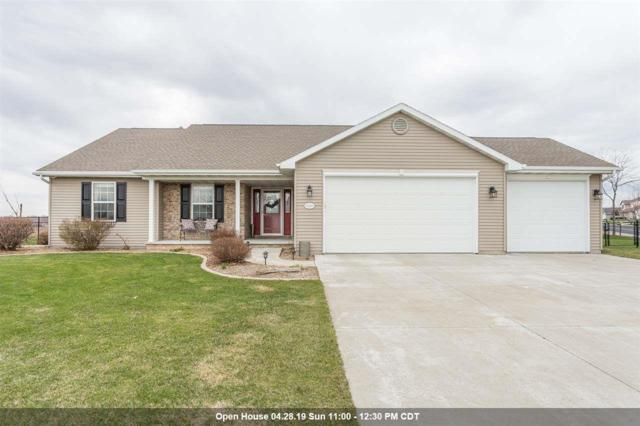 N2207 Holy Hill Drive, Greenville, WI 54942 (#50201420) :: Dallaire Realty